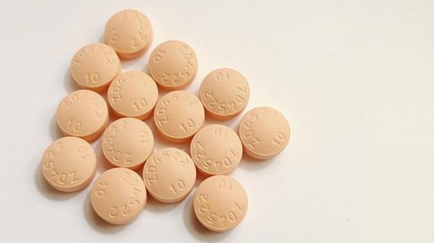 Crestor_Tablets_(rosuvastatin)